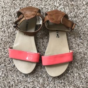 Old navy toddler girls size 9 sandals
